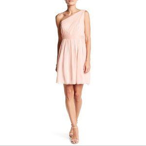 Vera Wang White Asymmetrical One Shoulder Dress